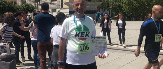 Përfaqësuesi i KEK-ut- Bedri Sadiku përfundoi me sukses gjysmë-maratonën 'Prishtina 2017'